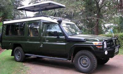 4x4-Safari-Landcruiser