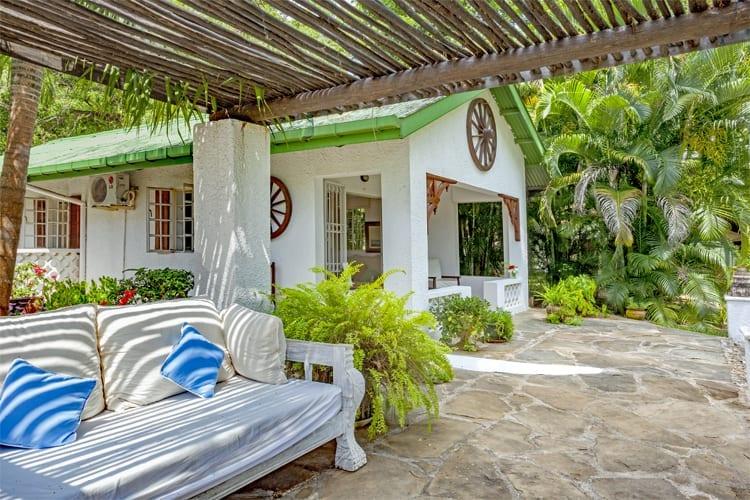 Kamili Cottage