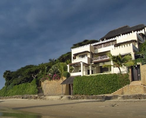 Beach House Shela