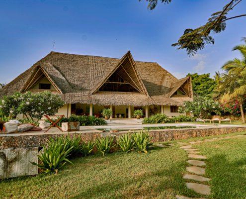 Cozy Point Villa