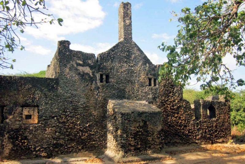Takwa Ruins in Lamu